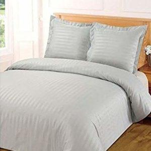 Funda nórdica de 220 x 240 cm y 2 fundas de almohada, satén, a rayas, gris claro, 220 x 240