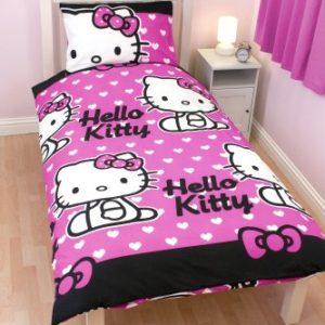 Character World HEL-HTS-MS2-MSC-06 - Juego de funda nórdica reversible y almohada con diseño de Hello Kitty, 135 x 200 cm, color rosa